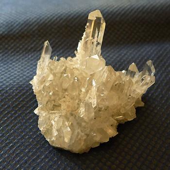 ヒマラヤ水晶原石カンチェンジュンガ産004