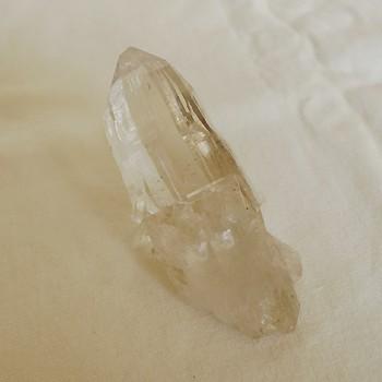 ヒマラヤ水晶原石透明・ミラー水晶001