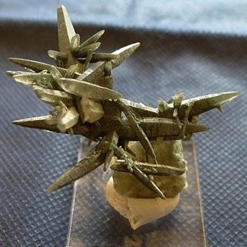 ヒマラヤ水晶原石緑泥石入り043