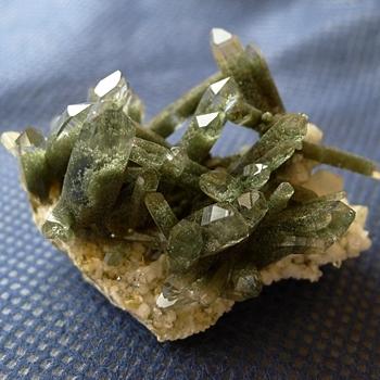 ヒマラヤ水晶原石緑泥石入り047