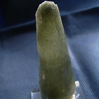 ヒマラヤ水晶原石針金形状内包物027