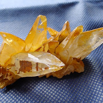ヒマラヤ水晶原石特殊内包物014