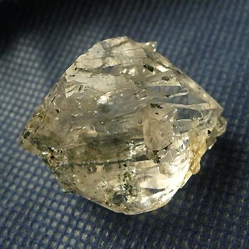 ヒマラヤ水晶原石特殊内包物024