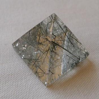 ヒマラヤ水晶丸玉・置物007