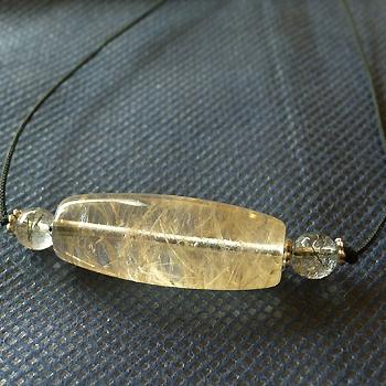 ヒマラヤ水晶紐付きチョーカー036