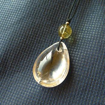 ヒマラヤ水晶紐付きチョーカー透明水晶029