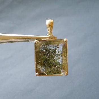 ヒマラヤ水晶ペンダント緑泥石入り035