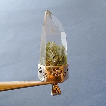 ヒマラヤ水晶ペンダント緑泥石入り054