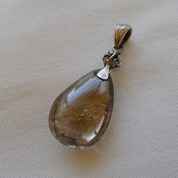 ヒマラヤ水晶ペンダントスモーキー018